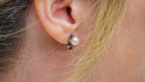 earring-1451014_640